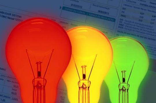Bandeira tarifária da energia elétrica segue vermelha