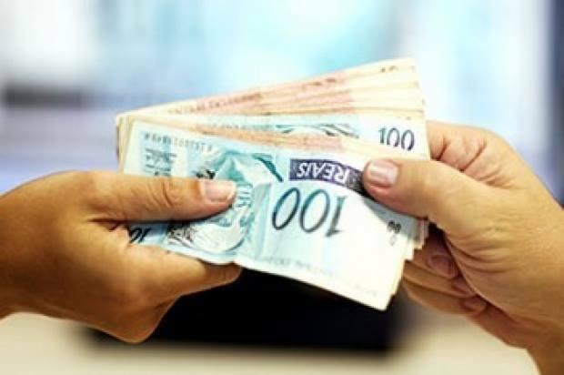 Busca do consumidor por crédito está em queda