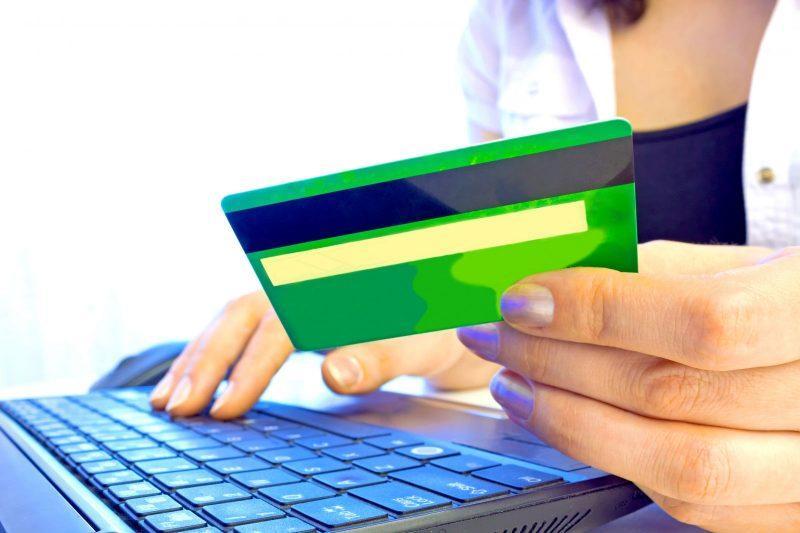 E-commerce dá mais desconto que varejo em compras à vista