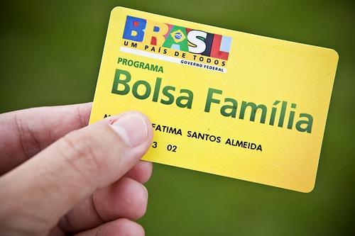 Governo pode criar Linha de Crédito para Beneficiários do Bolsa Família