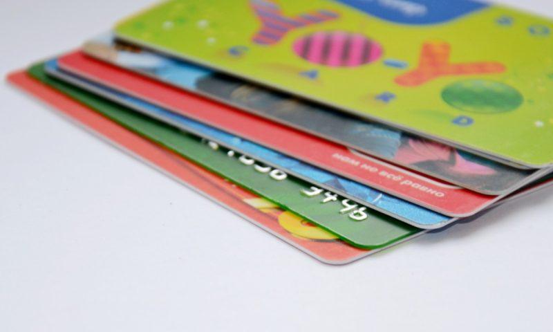 Melhores Cartões de Crédito para Acumular Pontos e Milhas no Brasil