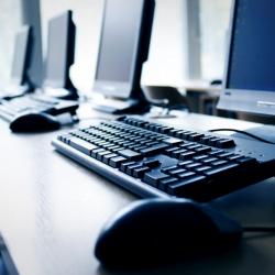 Terceirização de equipamentos de TI pode trazer benefícios para pequenas e médias empresas
