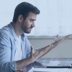 Atitudes que comprometem a saúde financeira